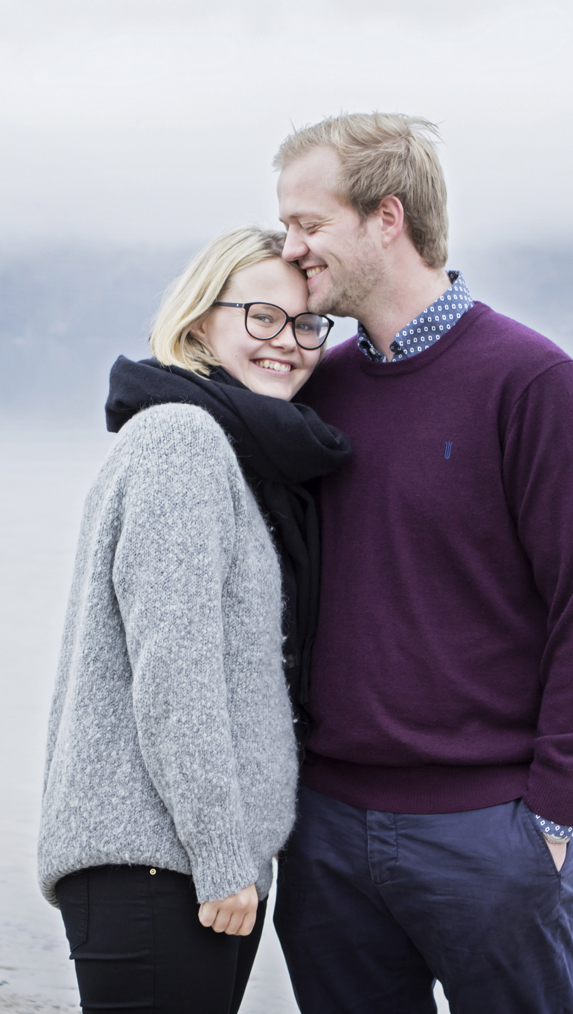 couples-happy-outdoor-photography-vejle